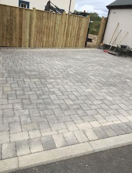 Driveway D and D paving