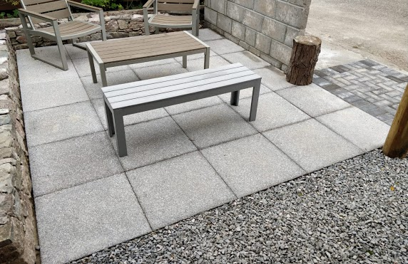 patio paving with benches