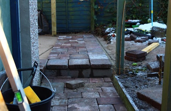 paving with step highlands