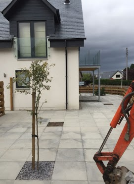 patio pavers Inverness at work