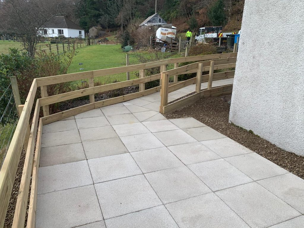Fencing and paving Highlands