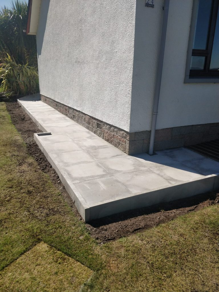 Paving slabs Inverness